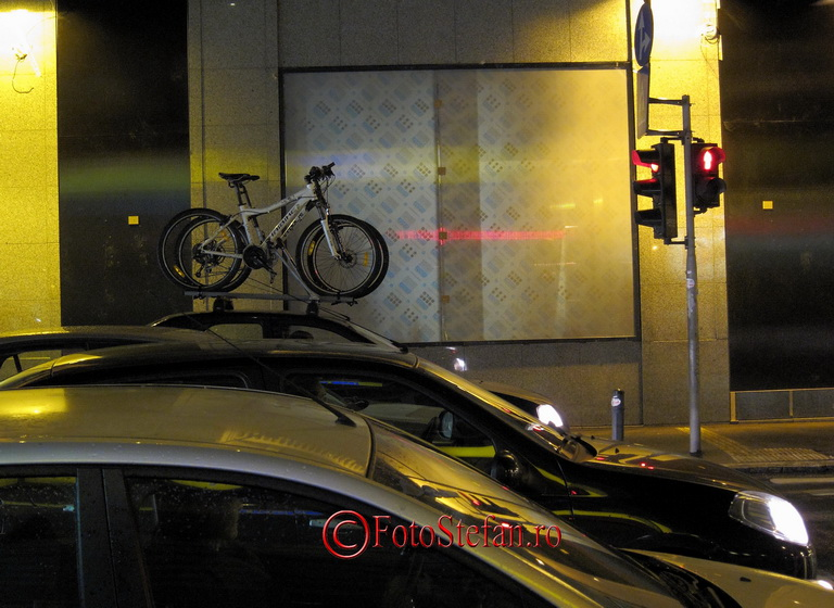 bicicleta pe masina