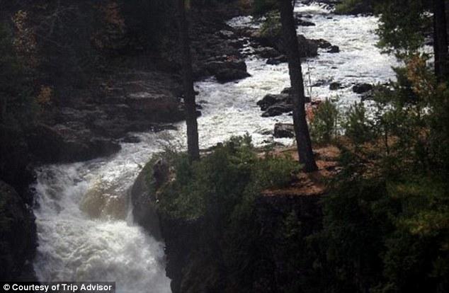 cascada riu