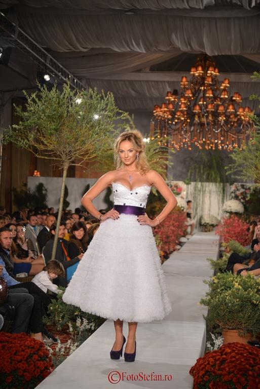 prezentare de moda Cosmina Englizian A midsummer night's dream
