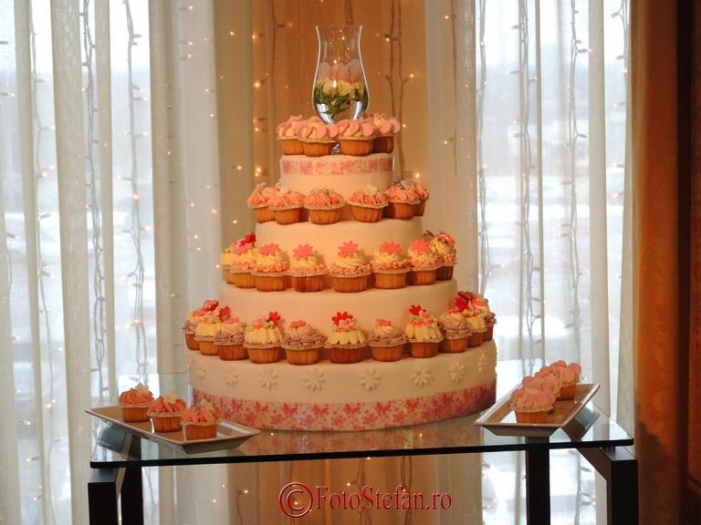 tort de nunta