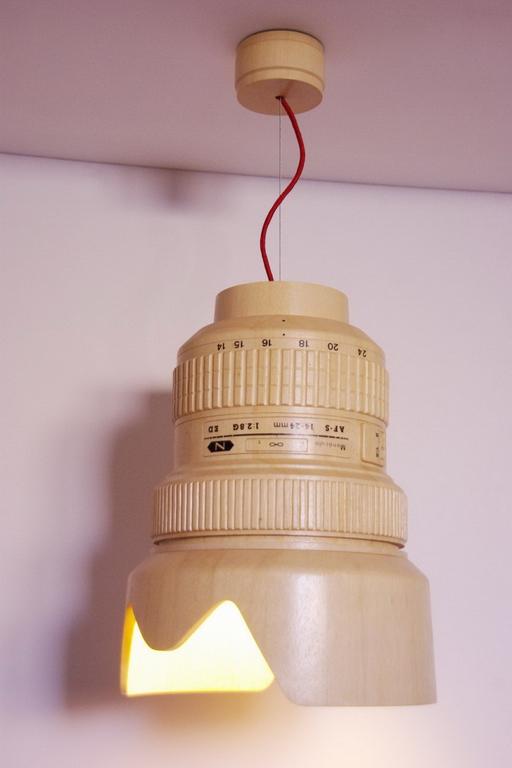 nikon lampa din lemn