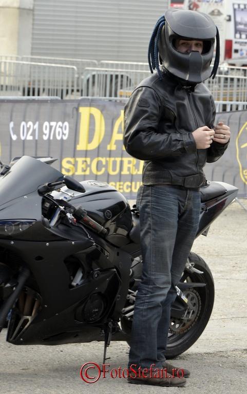 casca deosebita motociclist