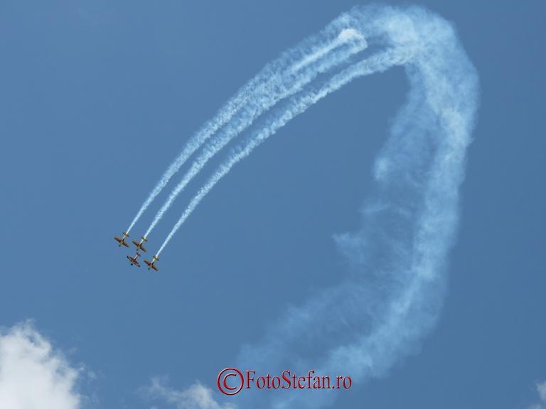 Hawks of Romania zbor acrobatic