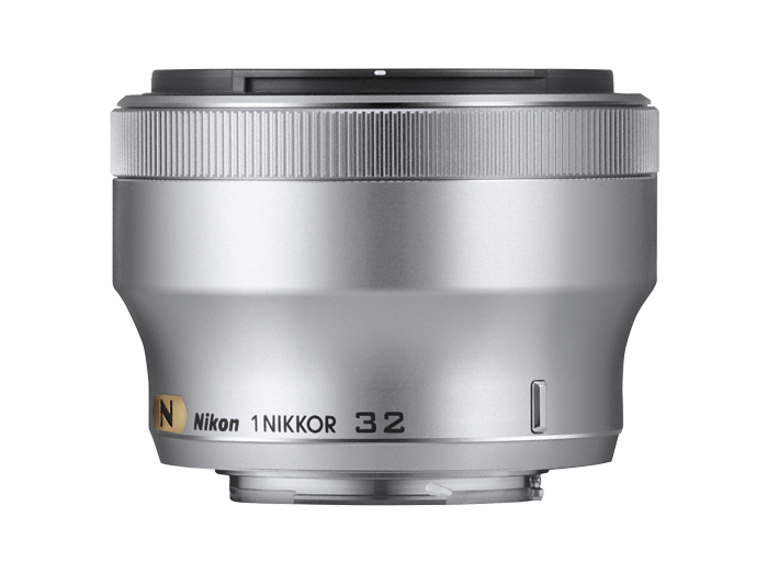 1 NIKKOR 32mm f/1.2 argintiu
