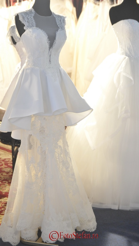 rochie de mireasa dantela