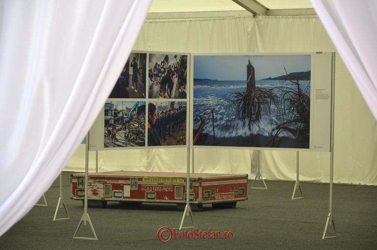expozitie foto piata universitatii bucuresti