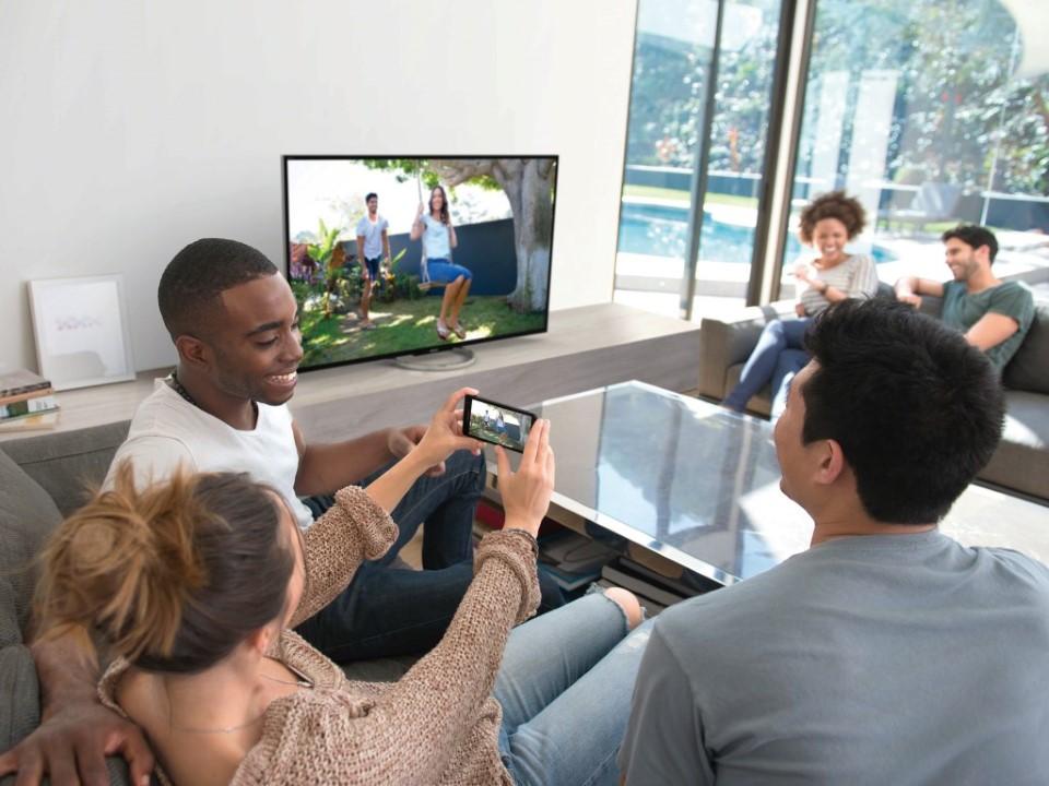 Sony BRAVIA W85 LCD TV