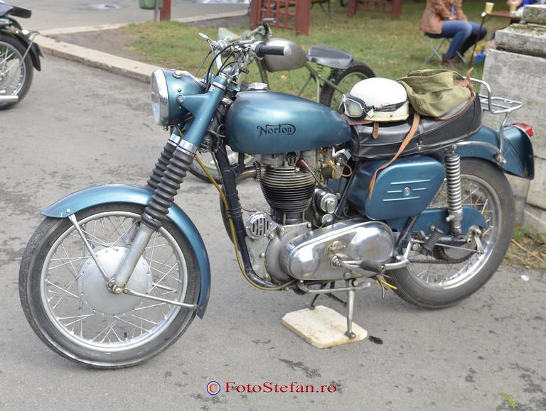 motocicleta norton