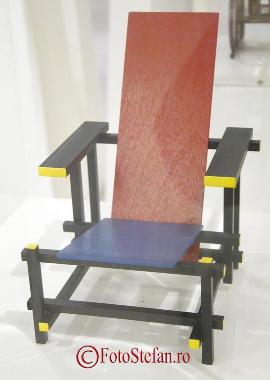 scaun gerrit rietveld roodblauwe stoel 1918
