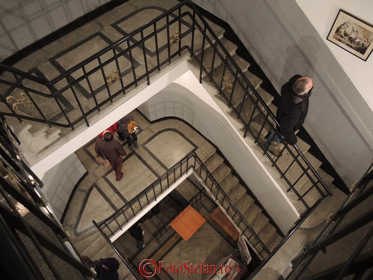 scarile arcului de triumf