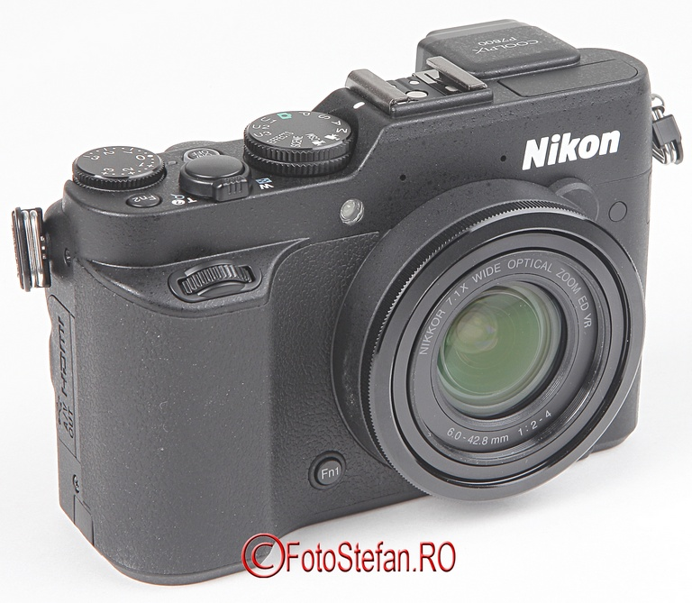 grip aparat foto nikon p7800