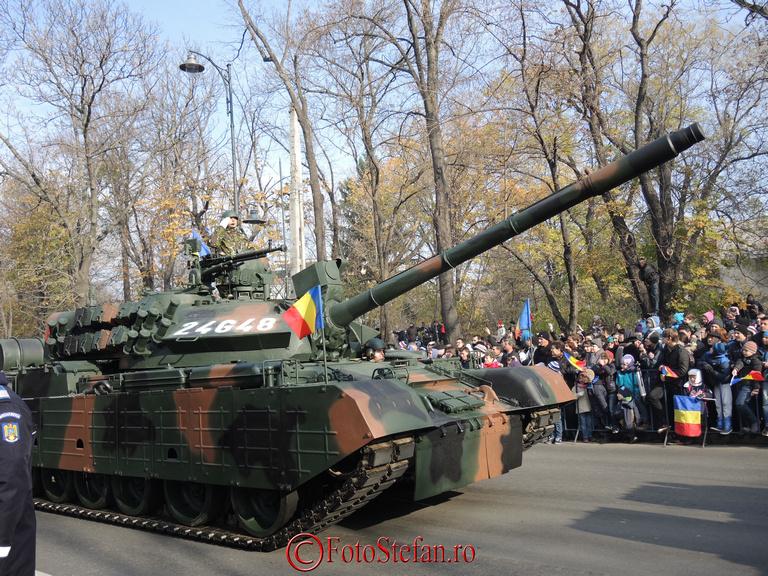 """TR 85 M 1 """"Bizonul"""" bucuresti 1 decembrie"""