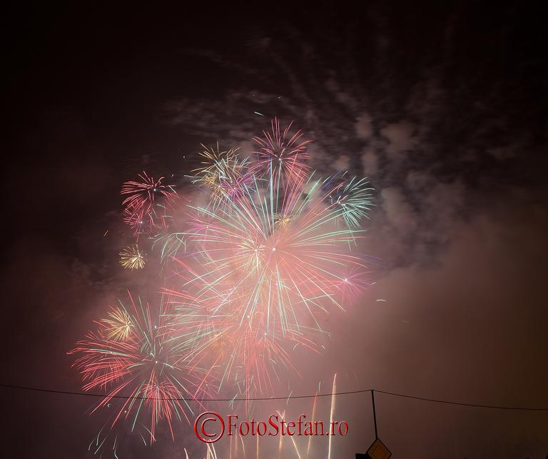 Focuri de artificii Revelion 2014 piata Constitutiei, Bucuresti