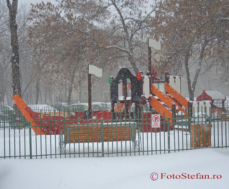 loc joaca iarna