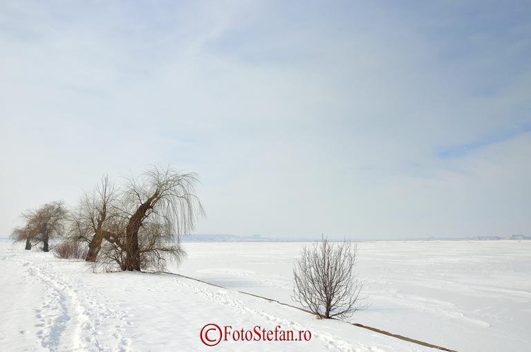 mal insula lacul morii
