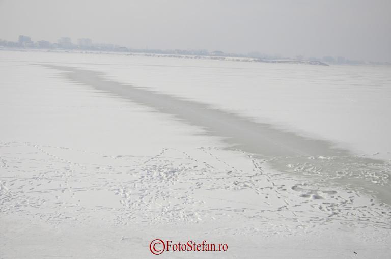 lacul morii ciurel inghetat