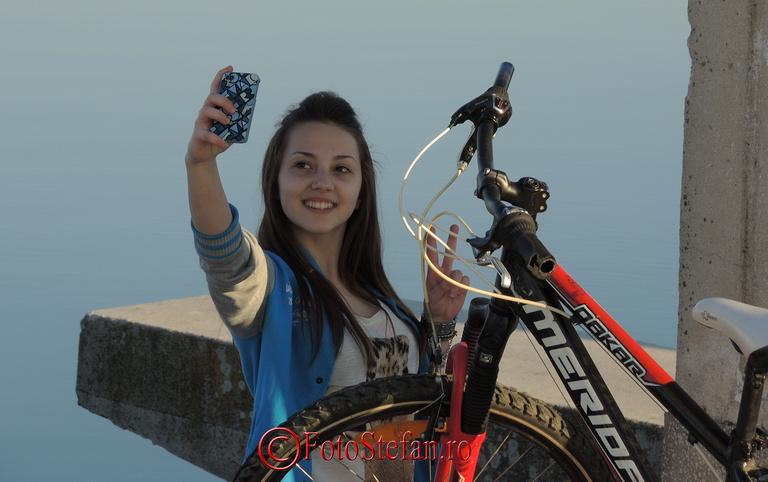 selfie fata draguta