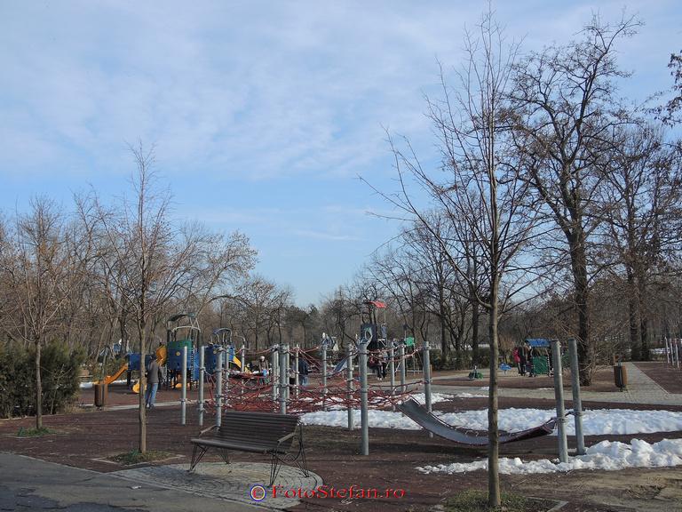 loc joaca parc pantelimon