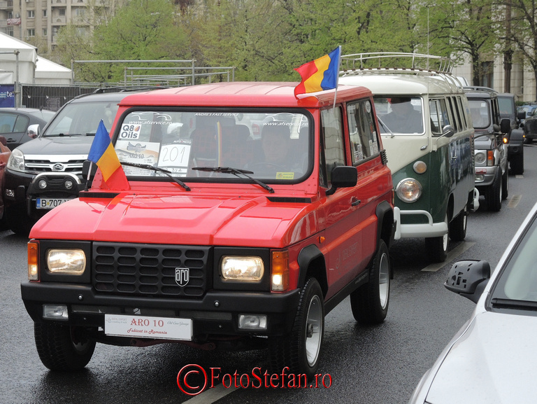 Parada a vehiculelor istorice la SAM 2014