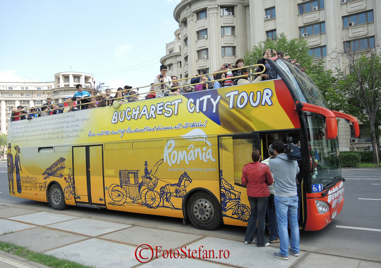 reporter tv autobuz turistic bucuresti