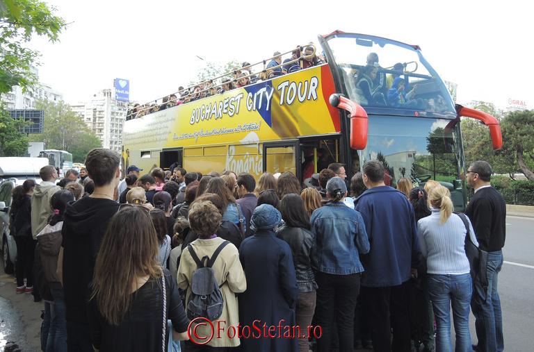 aglomeratie autobuz turistic supraetajat