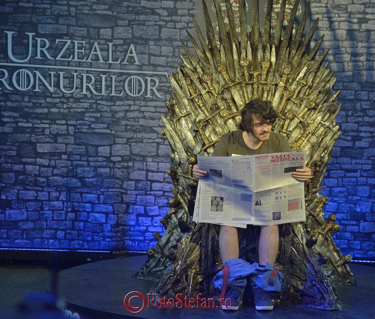 pe tronul urzerilor