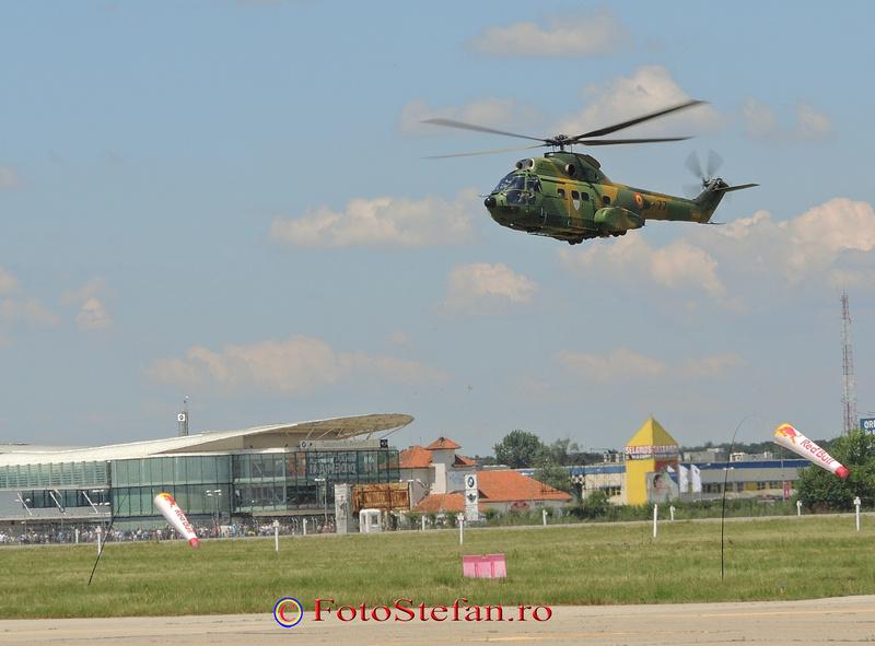 elicopter militar iar 330 puma