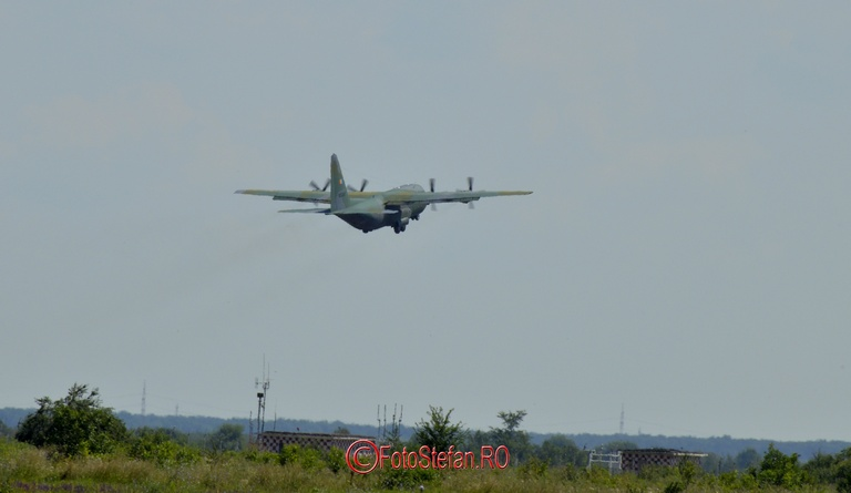 plimbare cu avion militar