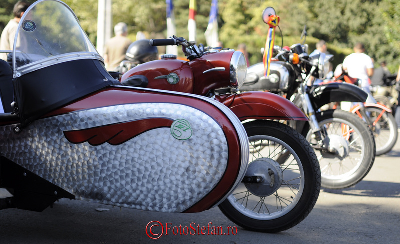 motocicleta ataj istorica