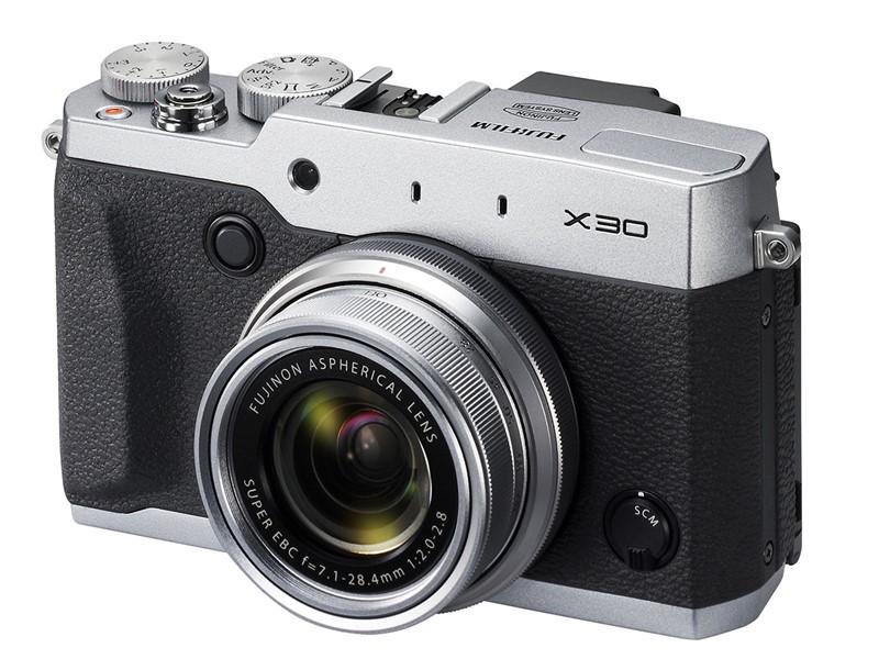 fuji x30 compact performant