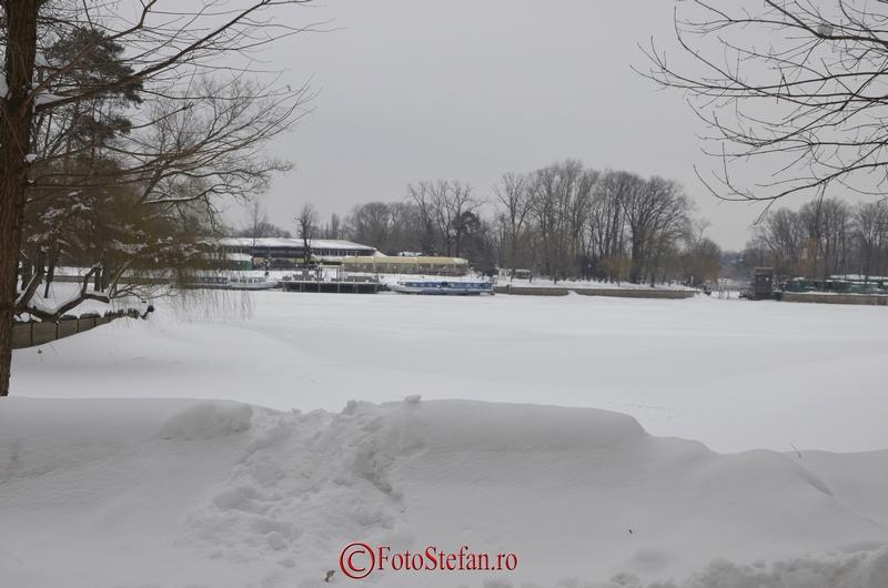 vaporase lac herastrau iarna