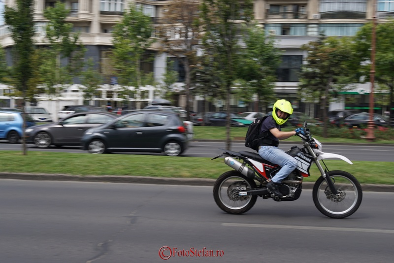 motociclist fericit