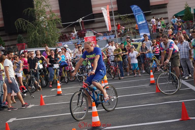cursa cu obstacole pentru biciclisti