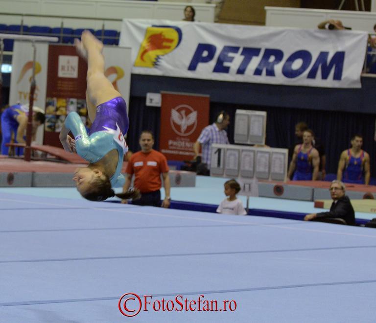 cn gimnastica sala polivalenta poze