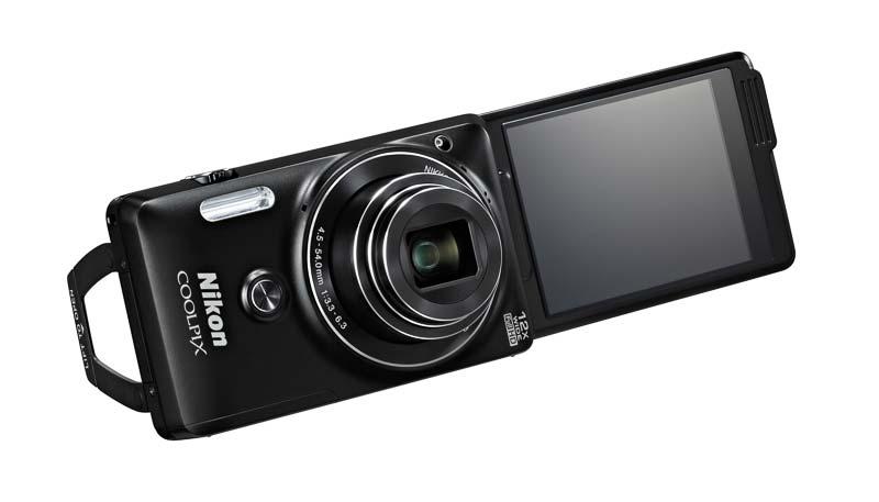 compact Nikon COOLPIX S6900