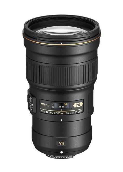 zoom Nikon 300mm f/4E PF ED VR