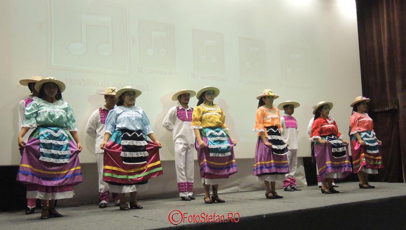 "nsamblul folcloric ""Yuhua"" din Ocotlan de Morelos la mntr"