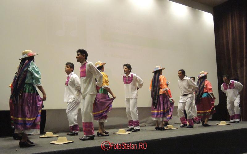 dansatori mexicani mntr