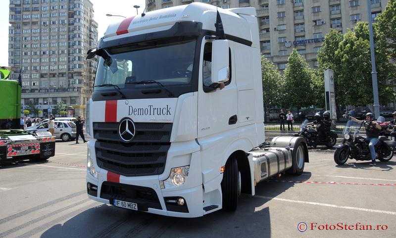 camion mercedes actros piata victoriei bucuresti