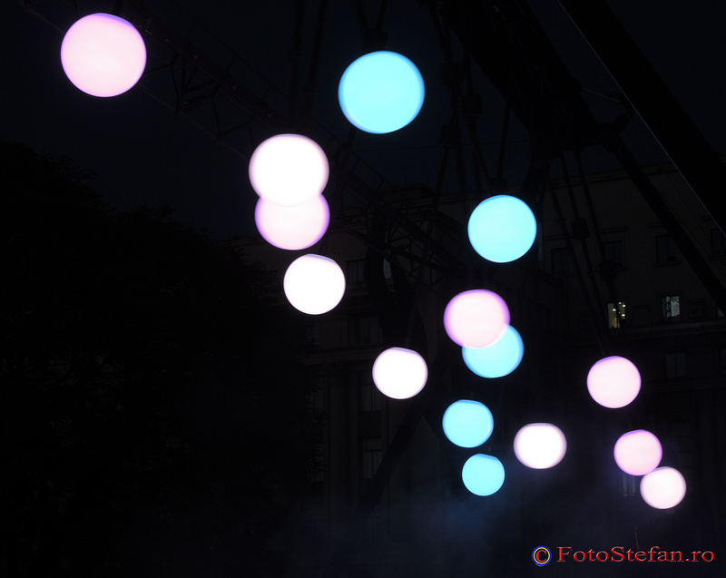 instalatie lumini festivalul spotlight