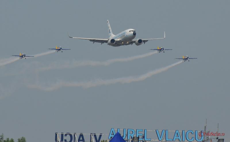 tarom Boeing 737 Extra 300