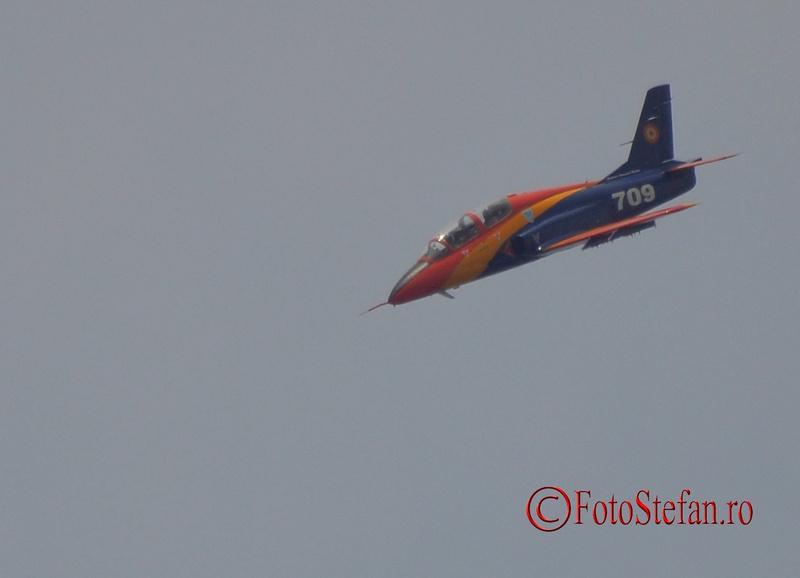 avion militar romanesc iar 99