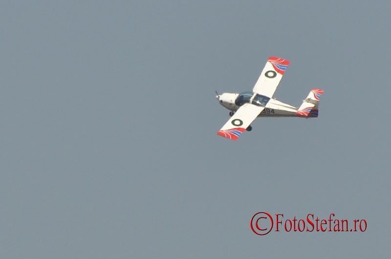 super MFI-17 Mushshak avion militar