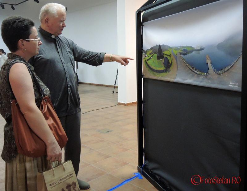 vernisaj expozitie multimedia franturi de rugaciune
