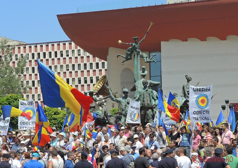 Miting pentru unirea Basarabiei cu România