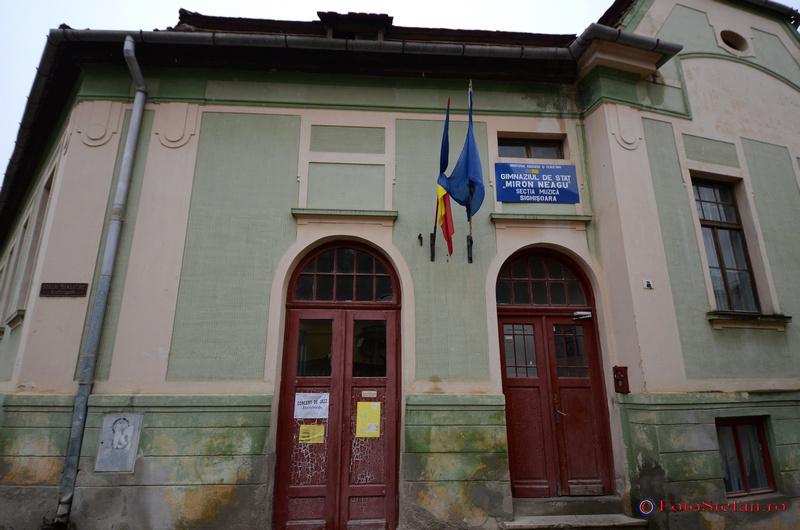 scoala de muzica Miron Neagu centrul istoric sighisoara