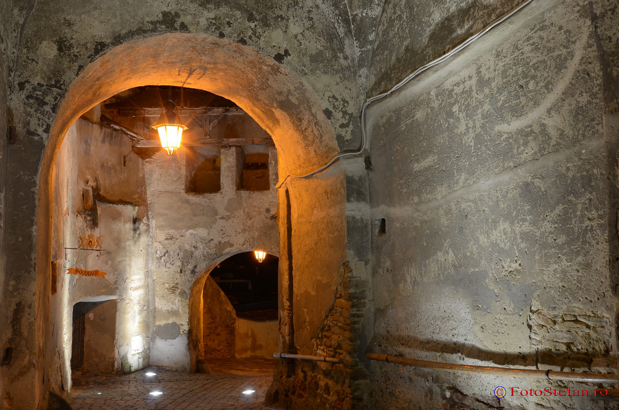 centrul istoric cetatea sighisoara seara