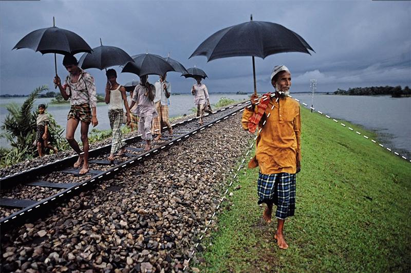 Steve McCurry linii de orientare compoyitie fotografie