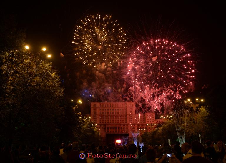 poze artificii bucuresti casa poporului