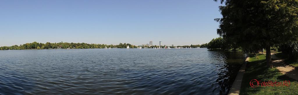 lacul herastrau ambarcatiuni poza pnaoramica